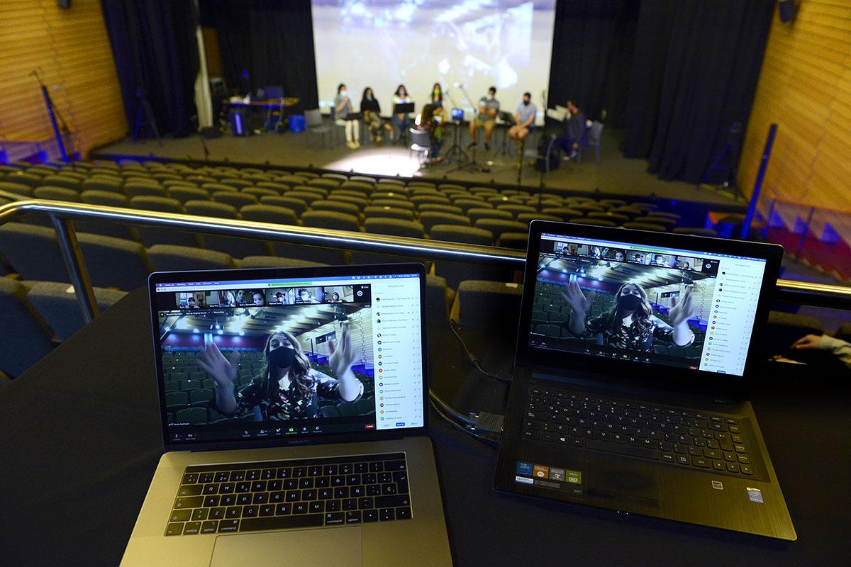 Voces de Vitacura: Emocionante ensayo virtual entre más de cien coristas