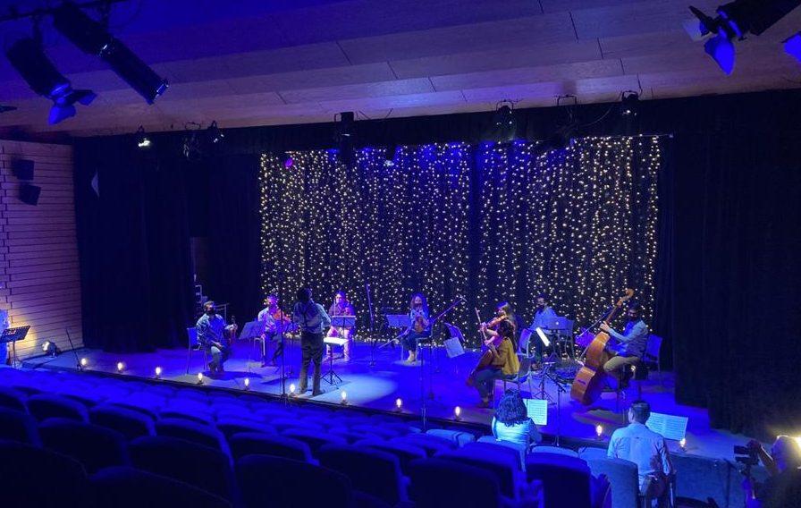 """El concierto de navidad """"Voces de Vitacura"""" se realizó de manera remota y fue transmitido vía streaming"""